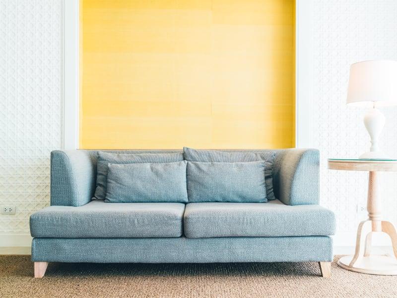 parete dipinta di giallo
