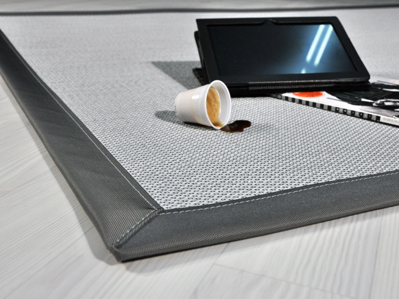 tappeto in tessuto tecnico