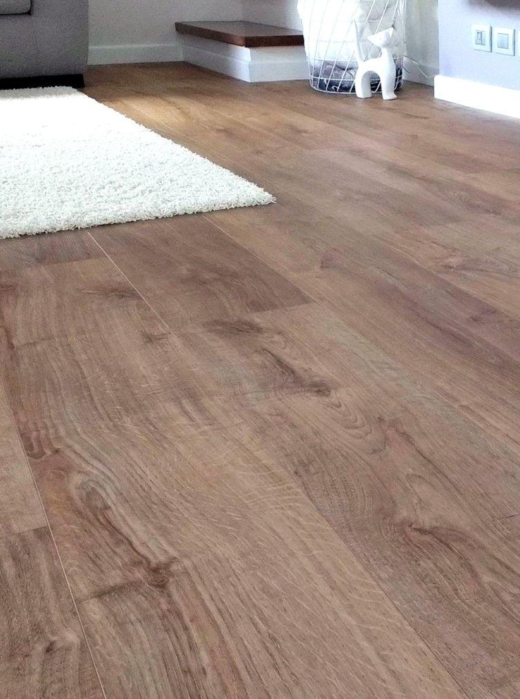 pavimento in LVT effetto legno